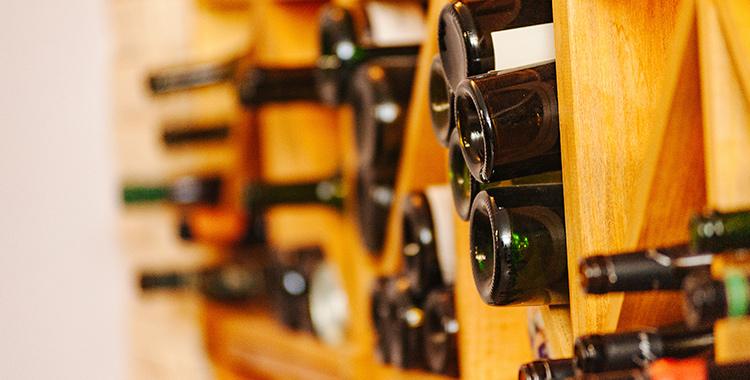 Foto de adega de vinhos no apartamento