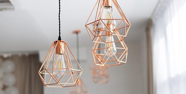 Luminária pendente com estilo industrial