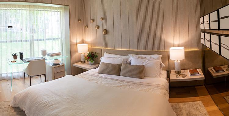 Uma imagem que ilustra um quarto de alto padrão.