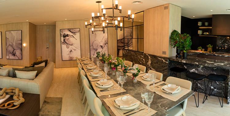 Uma imagem que ilustra uma cozinha de alto padrão.