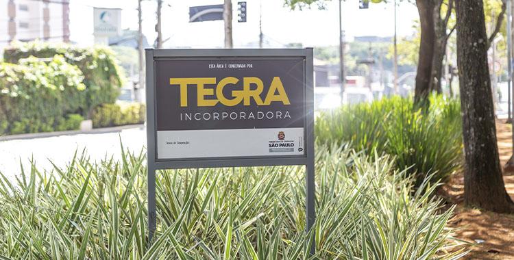 Fotografia de uma placa da Tegra Incorporadora.