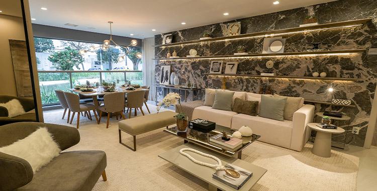 Decoração neutra da sala de estar do empreendimento Square Garden da Tegra
