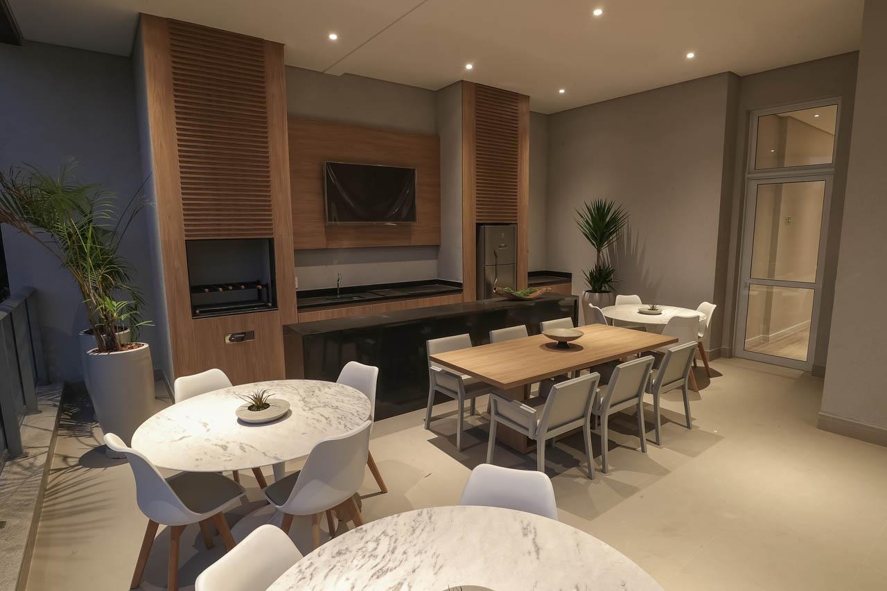 Foto do terraço churrasqueira integrado com o salão de festas