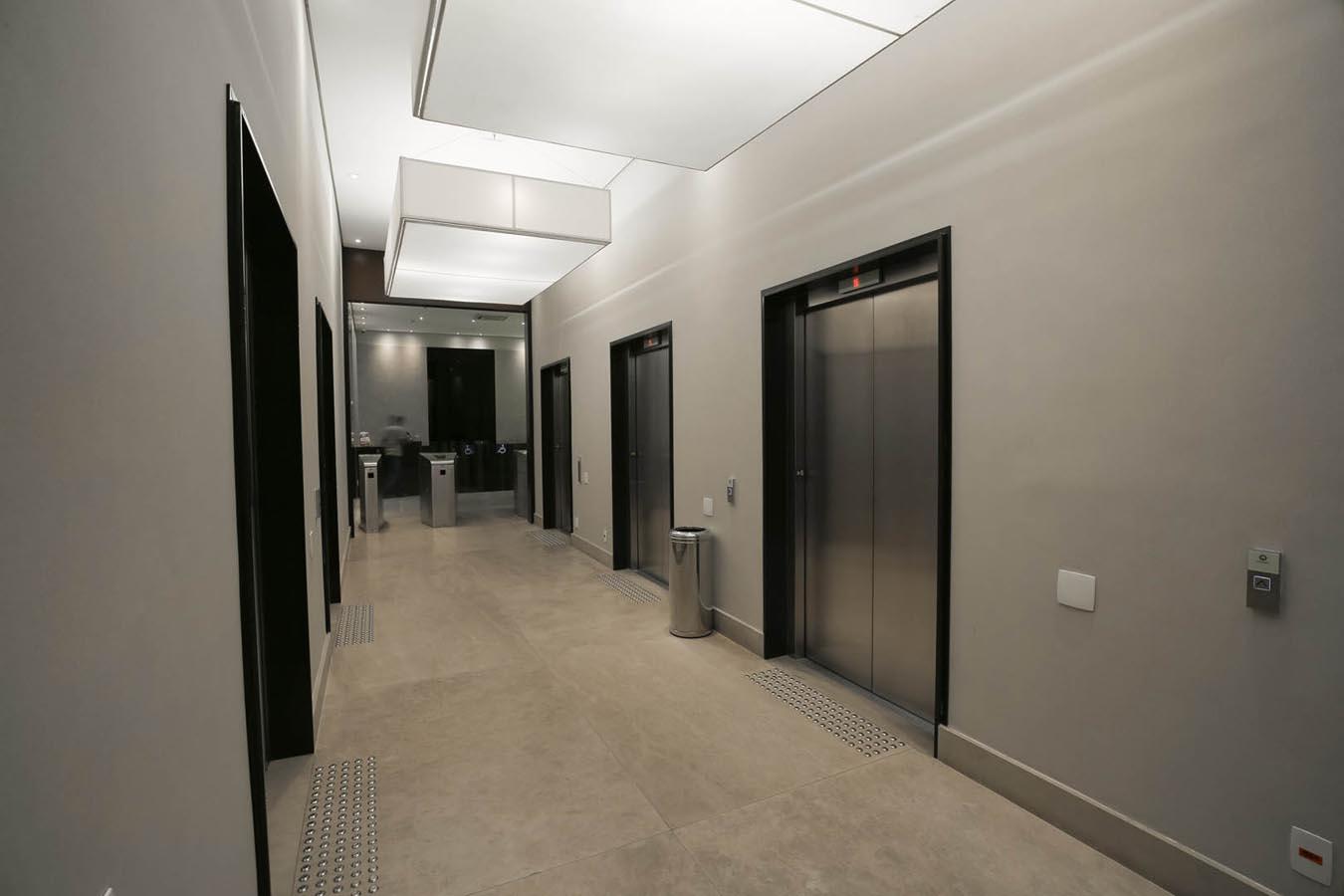 Foto do hall de elevadores